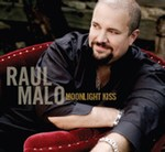 Raul Malo - Moonlight Kiss cover